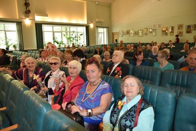 Пансионат для пожилых людей в переделкино дом престарелых светлоград